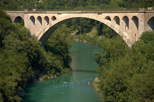 Goriška brda, Vinska klet Goriška Brda, Goriška Brda znamenitosti, Kabaj Morel, Vinska klet Dobrovo, Goriška Brda kmečki turizem, Solkan, Solkanski most