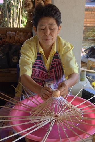 Tajska potovanje, Tajska znamenitosti, Chiang Mai, Bo Sang, dežniki