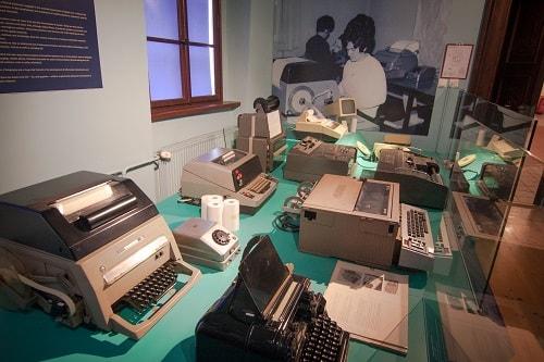 poštarski muzej Polhov gradec, Muzej pošte, Polhov Gradec, kam na izlet