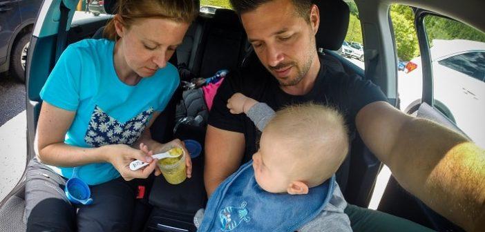 Hrana dojenčka na potovanju