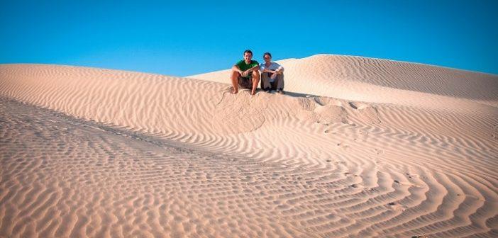 Oman ali Združeni Arabski Emirati – kam je bolje potovati?