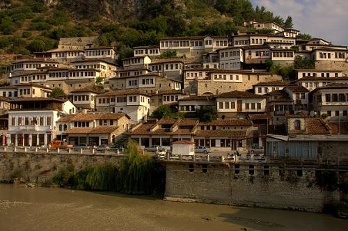 Albanija, Berat, potovanje z avtom po Albaniji, popotniški blog