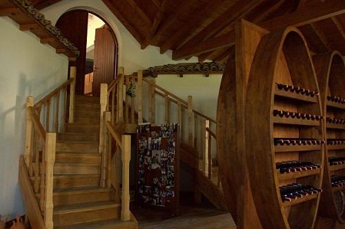 Albanija, vinska klet Čobo, potovanje z avtom po Albaniji, popotniški blog, Berat
