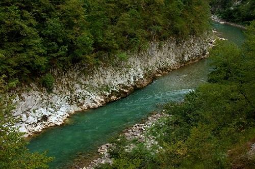 Črna Gora, Balkan, reka tara, rafting na Tarii, potovanje, popotniški blog