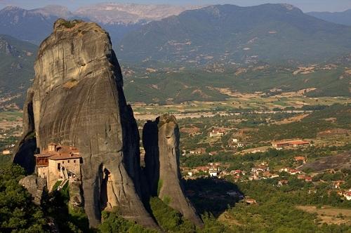 Grčija, Meteora, samostani, potovanje po Grčiji z avtom, popotniški blog