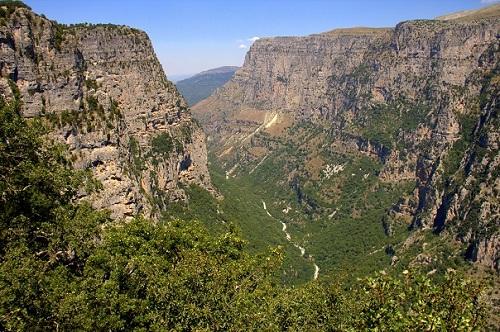 Kanjon Vikos, vasice Zagoria, Grčija, potovanje z avtom po Grčiji, potovanje, popotniški blog