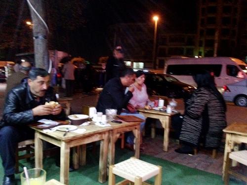 Hrana na potovanju, ulična hrana, prehrana iz ulice na potovanjih