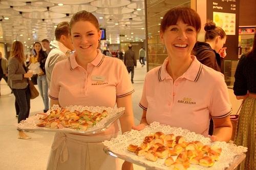 Brezelina, preste,nemške preste, slane preste, Munchen, izlet v Munchen, hrana v Munchnu